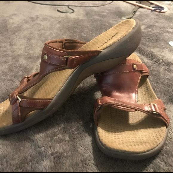 4cc2445ee6d9 Merrell Shoes - Leather sandals